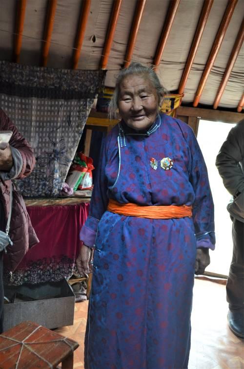 Nómadas - Mujer nómada de Mongolia